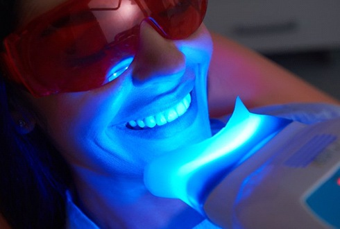 using heat lamp for teeth whitening in The Woodlands